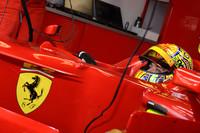 Valentino Rossi a Ferrari F2008-ban