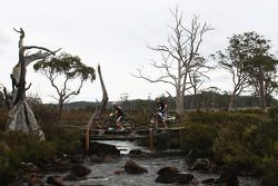 Launceston, Australia: Chris Bradford and Mark Padgett of Team Driza-Bone Activ in action