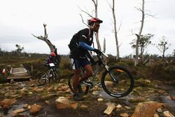 Launceston, Australia: Javith Ababu and Gibson Kemori of Team No Roads Expiditionsin action