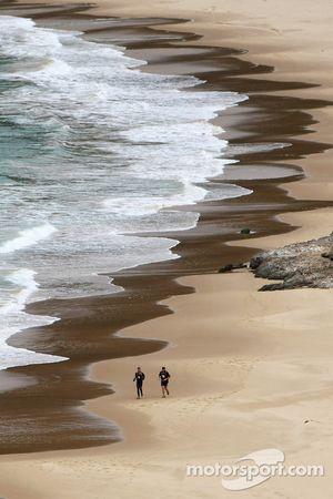 Port Arthur, Australia: competitors run along Crescent Bay