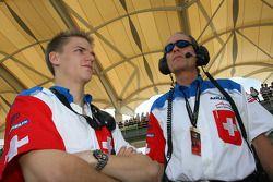 Max Welti, pilote titulaire de l'équipe Suisse et son remplaçant Alexandre Imperatori