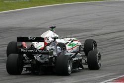 Earl Bamber, pilote pour la Nouvelle-Zélande et Edoardo Piscopo, Pilote pour l'équipe d'Italie