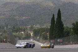 #7 Larbre Competition Saleen S7: Frédéric Makowiecki, Roland Berville, #5 Phoenix Carsport Racing Corvette C6R: Marcel Fassler, Ricardo Risatti