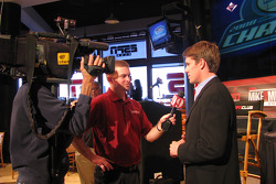 finaliste des NASCAR Nationwide Series Carl Edwardsvendredi au ESPN Club au Walt Disney World