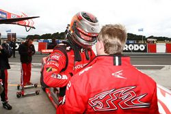 Garth Tander effectuant un sondage pour le Tasmanian Challenge (Toll Holden Racing Team Commodore VE