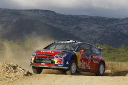 Sébastien Loeb et Stéphane Sarrazin dans la Citroen Total WRT Citroen C4 WRC