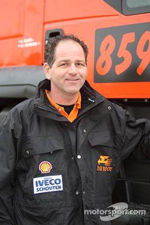 l'équipe de Rooy: Gert Jan Reijnders,véhicule de soutien #860