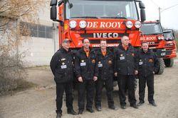 l'équipe de Rooy: pilote Gert-Jan Reijnders, co-pilote Arno Slaats, membres de l'équipage Pierre de Frenne, Patrick van der Heijden et John Peeters,camion de soutien #860