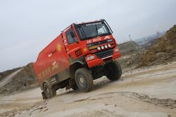 Team de Rooy: Gerard de Rooy, Tom Colsoul and Marcel van Melis test the GINAF X2223 rally truck