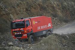 l'équipe de Rooy: Gerard de Rooy, Tom Colsoul et Marcel van Melis testant la GINAF X2223