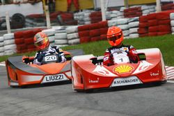 Michael Schumacher, pilote d'essai, Scuderia Ferrari et Vitantonio Liuzzi, pilote d'essai, Force India F1 Team
