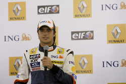 Nelson A. Piquet on stage