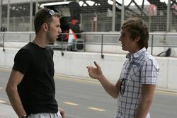Chris Van der Drift talks with Mika Maki