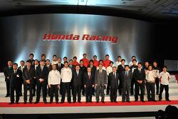 Honda President and CEO Takeo Fukui poses with Jenson Button, Rubens Barrichello, Ross Brawn, Nick F