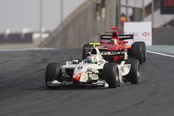 Sergio Perez dirige Yelmer Buurman