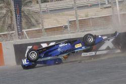 Major crash for Diego Nunes