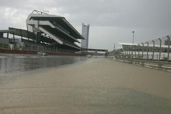 Sprint race cancelled due to flooding