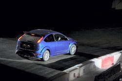 Le début en World Driving pour la Ford Focus RS: Marcus Gronholm conduit la Superspecial Stage du W