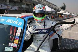 Augusto Farfus conduit la BMW 3.0 CSI