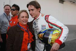 Le vainqueur des premiers éliminatoires Esteban Gutierrez