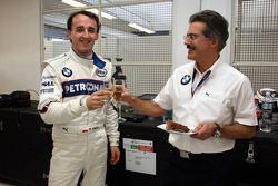 Les 24 ans de Robert Kubica, BMW Sauber F1 Team et Dr. Mario Theissen, BMW Sauber F1 Team, BMW Motorsport Director