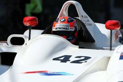 Robert Kubica, BMW Sauber F1 Team a droit pour son anniversaire à un tour dans la BMW V12 LMR