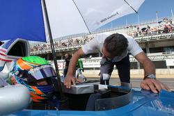 Alexander Rossi, Eurointernational et Dr. Mario Theissen, BMW Sauber F1 Team, BMW Motorsport Directo