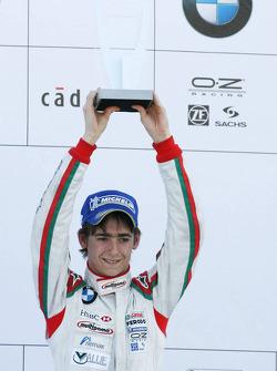 Podium: la troisième place pour Esteban Gutierrez