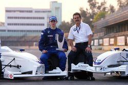 Séance photo: le vainqueur du World Final Alexander Rossi avec Dr. Mario Theissen