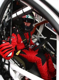 Mark Skaife se préparant pour sa dernière course complète