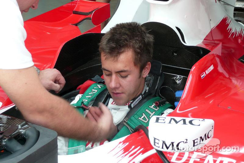 Henki Waldschmidt, le membre du programme jeune pilotes Toyota est attaché à un TF108 à Bahrain