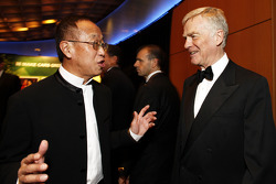 Singapore GP's Ong Beng Seng talks with FIA President Max Mosley