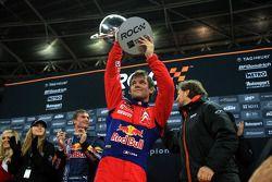 Подиум: победитель Гонки чемпионов Себастьен Лёб