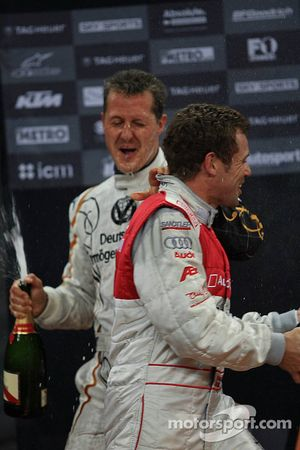 Podium: Michael Schumacher et Tom Kristensen