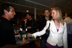Les invités arrivent à l'Indian Empress Fly Kingfisher Closing Party