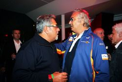 Dr Vijay Mallya Force India F1 Team Owner with Flavio Briatore Renault F1 Managing Director at the F
