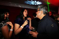 Vijay Mallya, Fly Kingfisher Yat Partisi