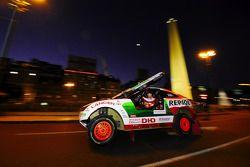 #300 Mitsubishi Racing Lancer: Stéphane Peterhansel y Jean-Paul Cottret
