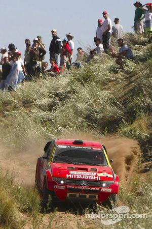 #322 Mitsubishi Pajero: Guilherme Spinelli et Marcelo Vivolo