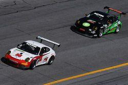 #88 Farnbacher Loles Racing Porsche GT3: Steve Johnson, Dave Lacey, Robert Nearn, Richard Westbrook,