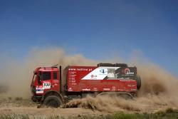 #530 Mercedes 2635 AK: Jordi Ginesta, Oscar Panas and Carlos Goncalves