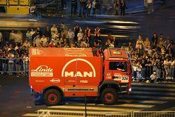 #526 MAN TGS 18.480: Geert Verhoeven, Peter Willemsen et Johann Van Gestel