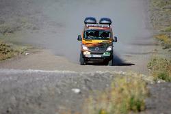 Team FleetBoard Mercedes service vehicle