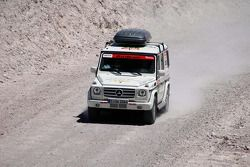 Le véhicule de service #946 Team FleetBoard Mercedes: Ellen Lohr et Antonia De Roissard