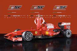Luca Badoer ve yeni Ferrari F60