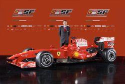 Team Direktör Stefano Domenicali ve yeni Ferrari F60