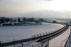 Le circuit du Mans couvert de neige