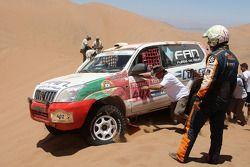 #402 Toyota Land Cruiser 120: Martine Campos Pereira et Jose Manuel Teixeira Marques bloqués dans le sable