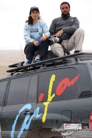 Elisabete Jacinto sur le camion de l'agence photo AIFA