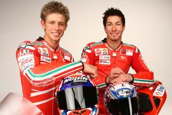 Casey Stoner, Nicky Hayden ve yeni Ducati Desmosedici GP9